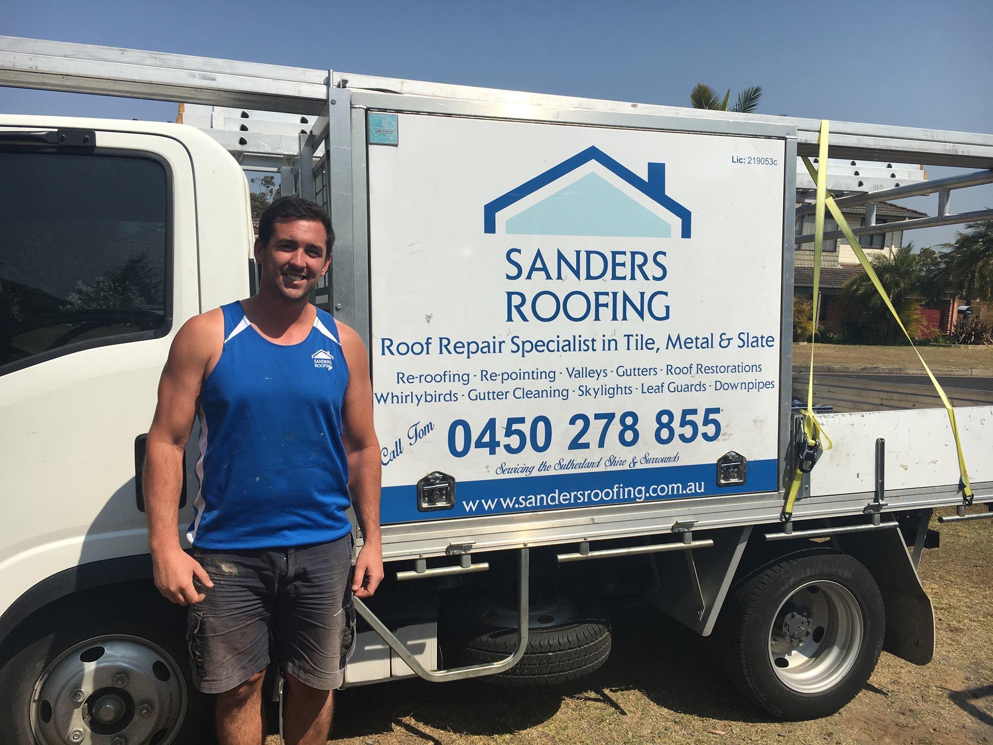 Sanders-Roofing-Tom